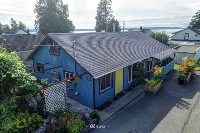 167 Maple Street, Camano Island, WA 98282 (#1666696) :: Urban Seattle Broker