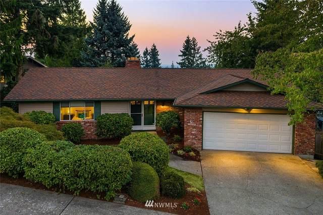 15614 SE 43rd Place, Bellevue, WA 98006 (#1666792) :: Keller Williams Western Realty