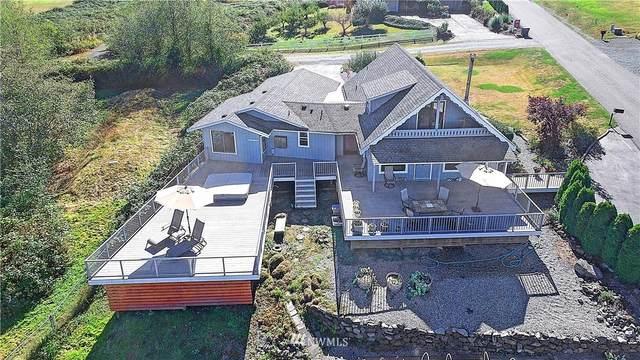 1050 Bayshore Drive, Camano Island, WA 98282 (#1666968) :: Pickett Street Properties