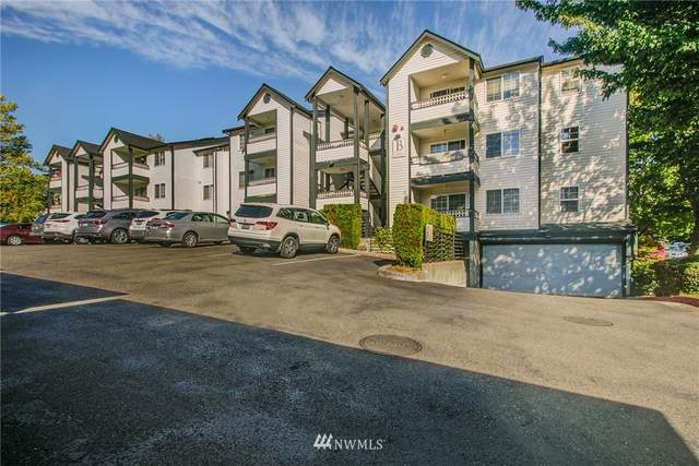 10824 SE 170th St. B303, Renton, WA 98055 (#1667059) :: Ben Kinney Real Estate Team