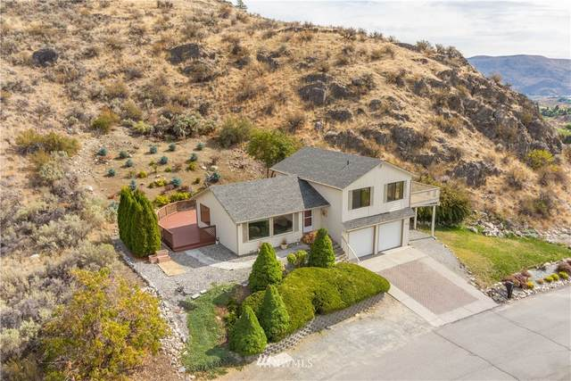129 Long Drive, Chelan, WA 98816 (#1667238) :: Keller Williams Realty