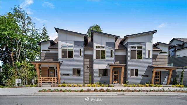 1998 Newport Way NW, Issaquah, WA 98027 (#1667279) :: Ben Kinney Real Estate Team