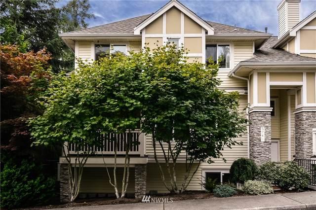 6743 SE Cougar Mountain Way #4, Bellevue, WA 98006 (#1667915) :: Urban Seattle Broker