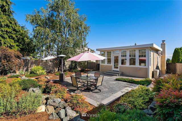 3439 37th Avenue W, Seattle, WA 98199 (#1667953) :: Ben Kinney Real Estate Team