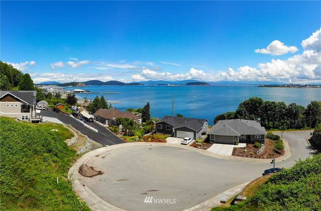 207 Mansfield Court, Anacortes, WA 98221 (#1667970) :: Keller Williams Western Realty