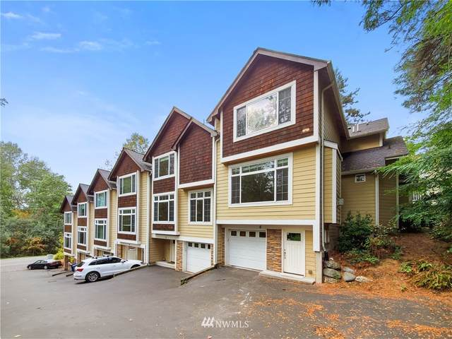 2802 118th Avenue SE #6, Bellevue, WA 98005 (#1668281) :: Hauer Home Team
