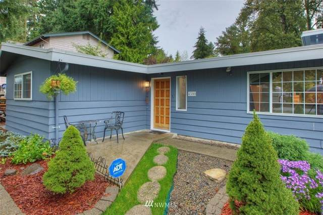 4500 SE 2nd Place, Renton, WA 98059 (#1668465) :: Urban Seattle Broker