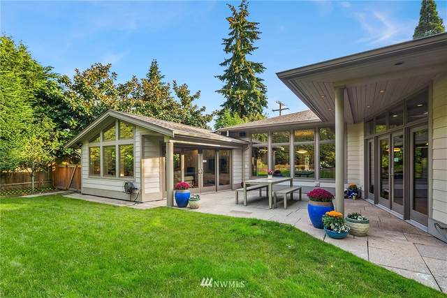10024 NE 20th Street, Bellevue, WA 98004 (#1668491) :: Mike & Sandi Nelson Real Estate