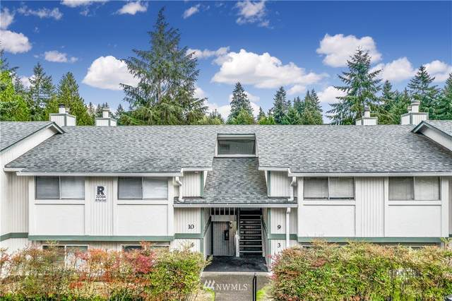 32304 4th Place S R10, Federal Way, WA 98003 (#1668507) :: NextHome South Sound