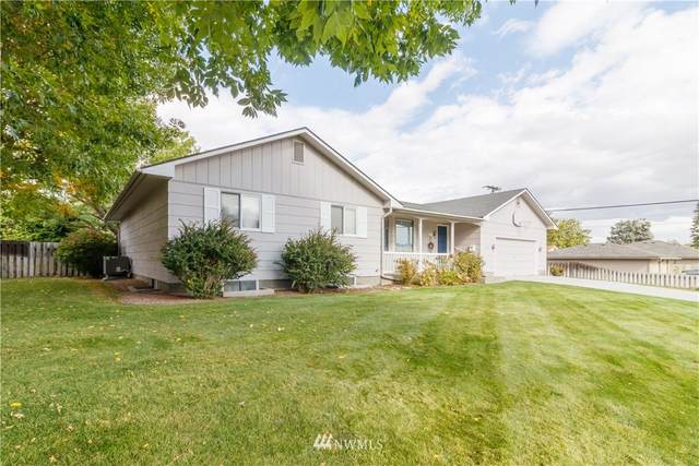 621 W Division Avenue, Ephrata, WA 98823 (MLS #1668566) :: Nick McLean Real Estate Group