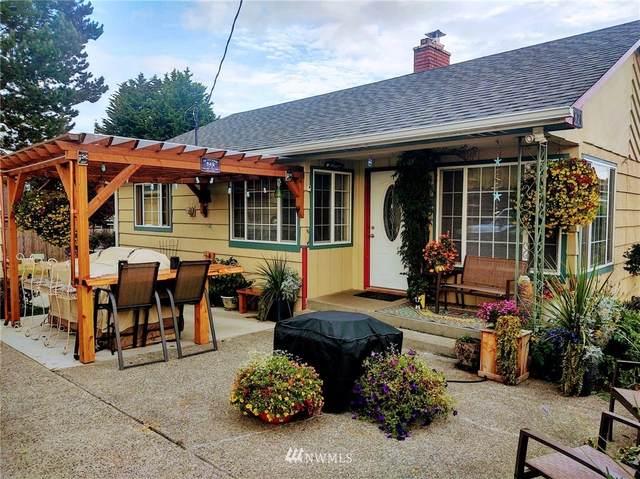 820 37th St Street, Anacortes, WA 98221 (#1668646) :: Urban Seattle Broker