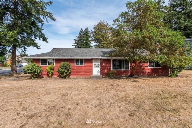 518 Hillcrest Drive, Anacortes, WA 98221 (#1668656) :: Urban Seattle Broker