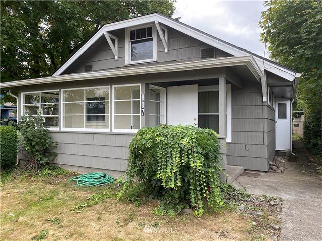 807 S 3rd Avenue, Kelso, WA 98626 (#1668929) :: NextHome South Sound