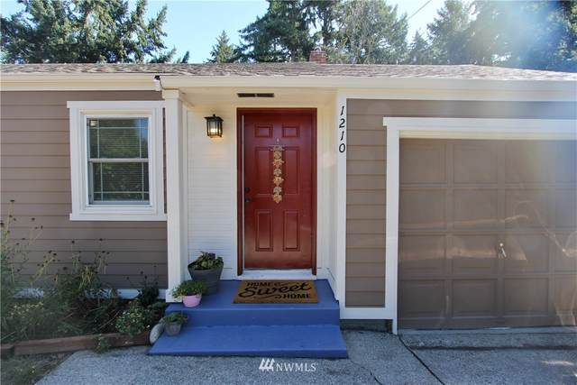 1210 108th Avenue SE, Bellevue, WA 98004 (#1668948) :: Hauer Home Team