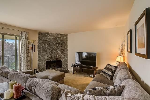 12423 NE 145th Place B162, Kirkland, WA 98034 (#1669012) :: Urban Seattle Broker