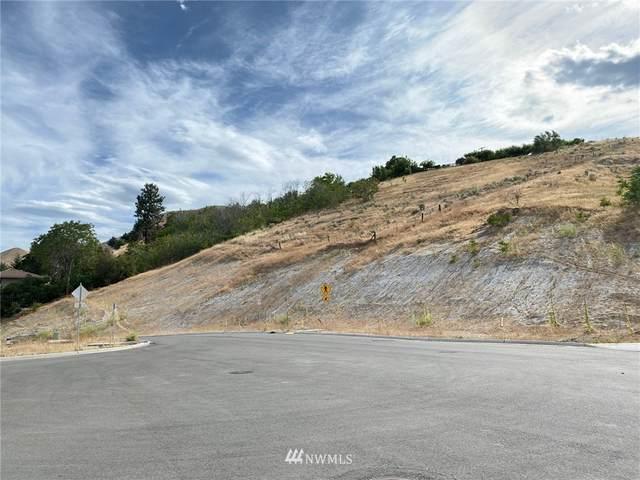 930 Silas Lane, Wenatchee, WA 98801 (#1669338) :: Ben Kinney Real Estate Team