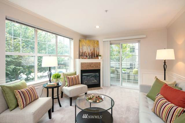 10549 Stone Avenue N #201, Seattle, WA 98133 (#1669860) :: Alchemy Real Estate