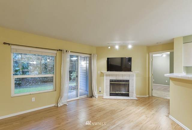 18501 SE Newport Way G134, Issaquah, WA 98027 (#1670022) :: Ben Kinney Real Estate Team