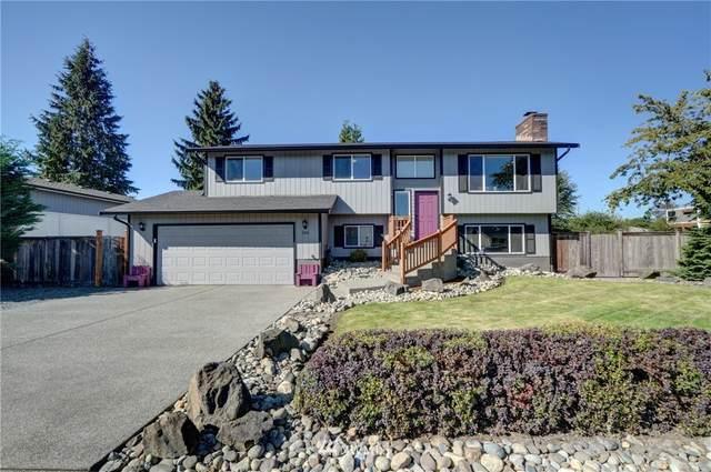 1106 17th Street NW, Puyallup, WA 98371 (#1670074) :: Pickett Street Properties