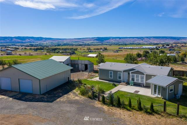 3620 Hungry Junction Road, Ellensburg, WA 98926 (#1670245) :: Keller Williams Realty