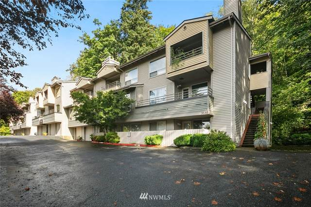 3540 Lake Washington Boulevard SE #111, Bellevue, WA 98006 (#1670335) :: NW Home Experts