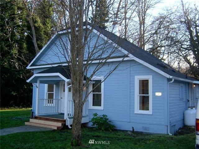 847 Saratoga, Langley, WA 98260 (#1670366) :: Keller Williams Western Realty