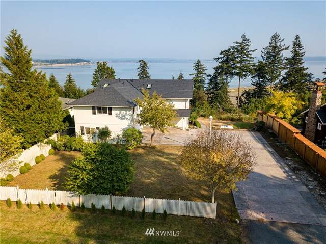 158 Livingston Bay Road, Camano Island, WA 98282 (#1670699) :: Keller Williams Realty
