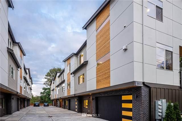 18138 73rd Avenue NE #201, Kenmore, WA 98028 (#1670738) :: Mike & Sandi Nelson Real Estate