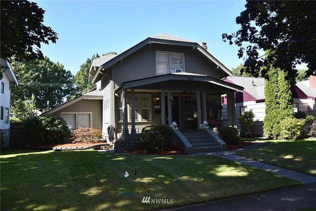 1233 21st Avenue, Longview, WA 98632 (#1671357) :: NW Home Experts