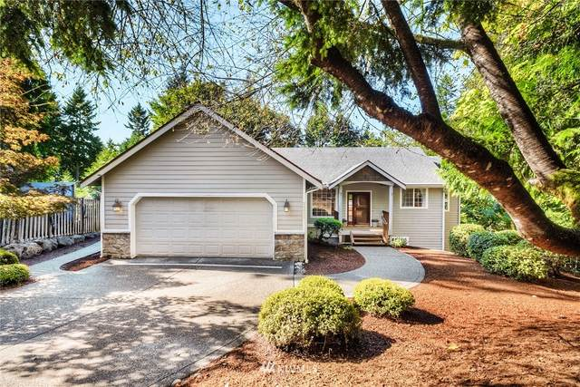 25005 SE Mirrormont Place, Issaquah, WA 98027 (#1671545) :: Mike & Sandi Nelson Real Estate