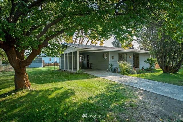 206 N Dennis Street, Ellensburg, WA 98926 (#1671982) :: The Robinett Group