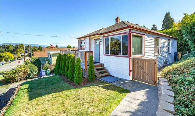 8425 S 121st St., Seattle, WA 98178 (#1672032) :: Pickett Street Properties
