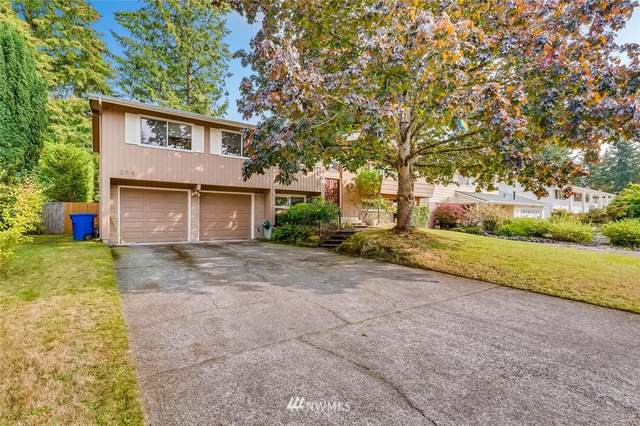 208 145th Place NE, Bellevue, WA 98007 (#1672082) :: Mike & Sandi Nelson Real Estate