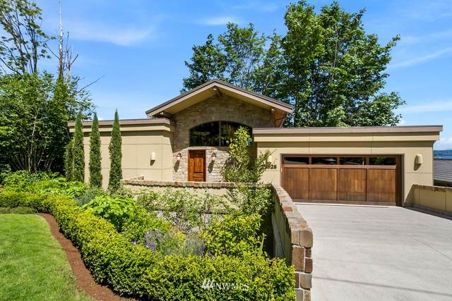11928 Lakeside Place NE, Seattle, WA 98125 (#1672510) :: Icon Real Estate Group