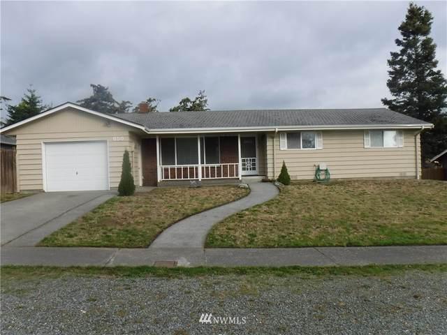 650 SW 4th Avenue, Oak Harbor, WA 98277 (#1672734) :: Keller Williams Western Realty