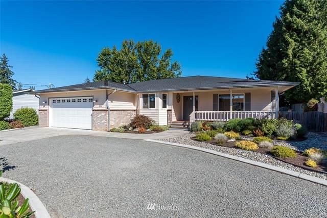 260 Heather Drive, Camano Island, WA 98282 (#1672876) :: The Robinett Group