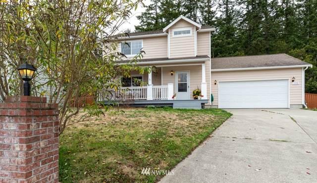 1590 NW Almond Loop, Oak Harbor, WA 98277 (#1672942) :: Pickett Street Properties