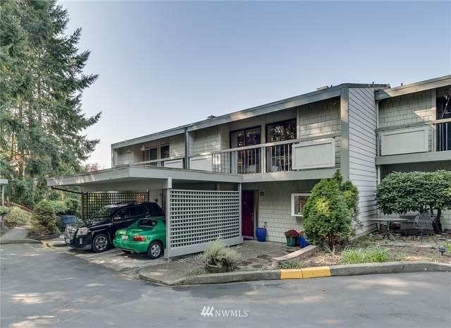 22711 Lakeview Drive C2, Mountlake Terrace, WA 98043 (#1673001) :: Mike & Sandi Nelson Real Estate