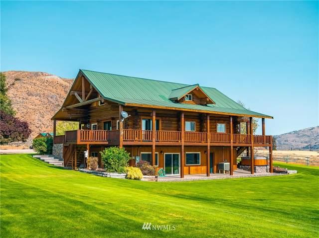 112 South Pine Creek Road, Tonasket, WA 98855 (MLS #1673275) :: Brantley Christianson Real Estate