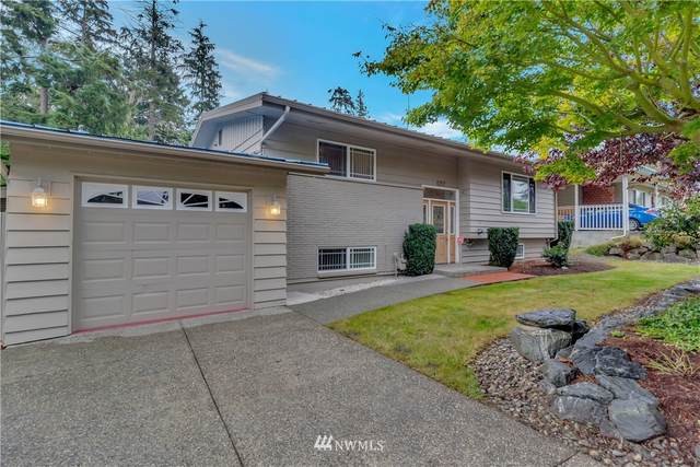 4717 Elm St, Everett, WA 98203 (#1673290) :: Ben Kinney Real Estate Team