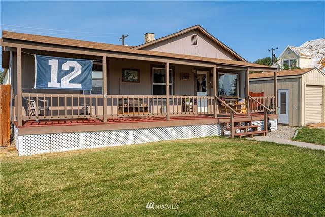 217 W Walnut Street, Waterville, WA 98858 (#1673777) :: NextHome South Sound