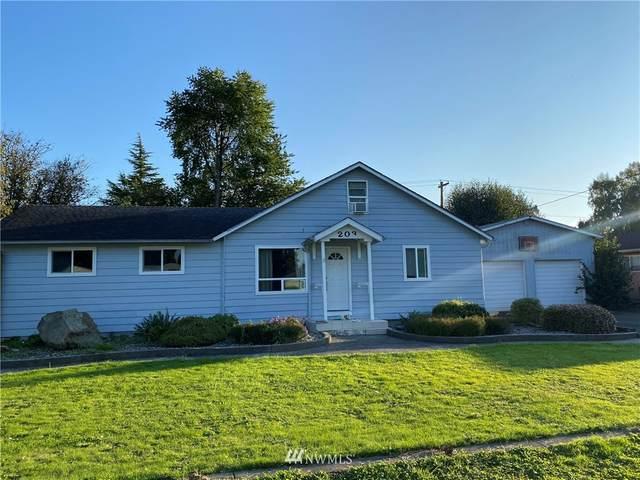 203 John Street, Kelso, WA 98626 (#1673803) :: Mike & Sandi Nelson Real Estate