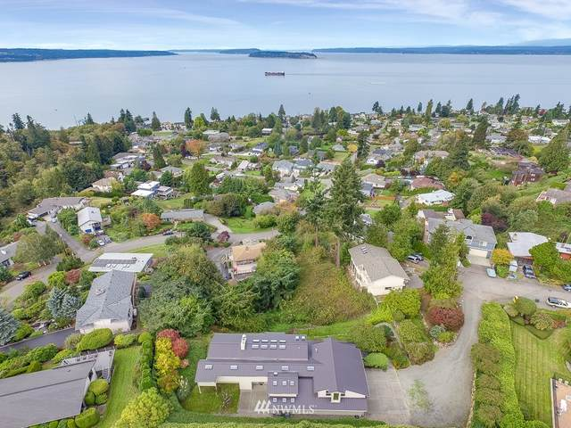 3322 52nd Place SW, Everett, WA 98203 (#1673816) :: Icon Real Estate Group