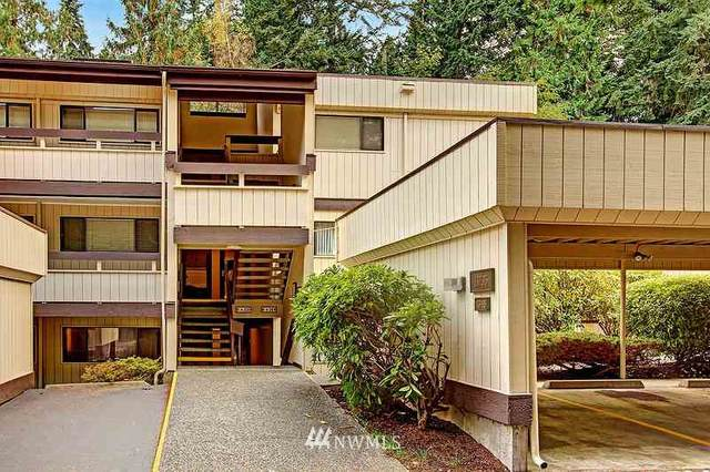 13735 15th Avenue NE A12, Seattle, WA 98125 (#1673833) :: The Robinett Group