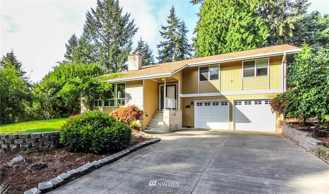 31 Madrona Place, Dupont, WA 98327 (#1674419) :: Pickett Street Properties