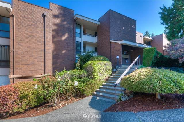 10907 Glen Acres Drive SE A, Seattle, WA 98166 (#1674433) :: NW Home Experts