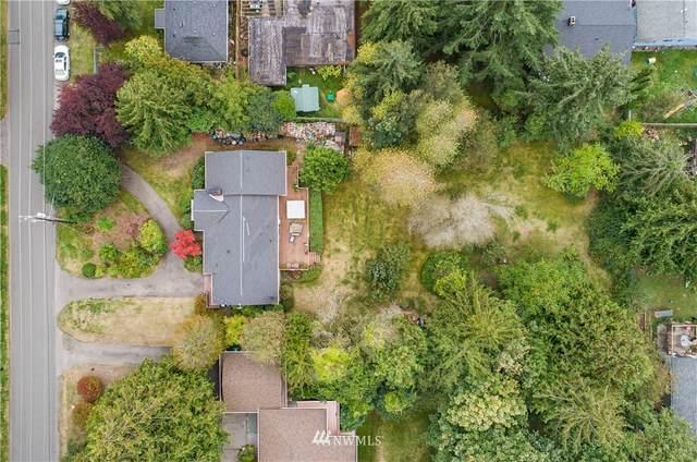 13013 39th Avenue NE, Seattle, WA 98125 (#1674852) :: Mike & Sandi Nelson Real Estate