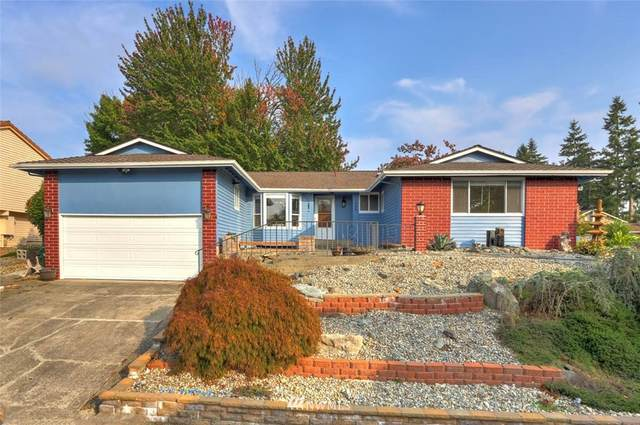 17046 158th Avenue SE, Renton, WA 98058 (#1674971) :: Better Homes and Gardens Real Estate McKenzie Group