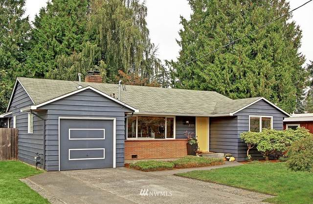 2322 N 136th Street, Seattle, WA 98133 (#1675156) :: Ben Kinney Real Estate Team