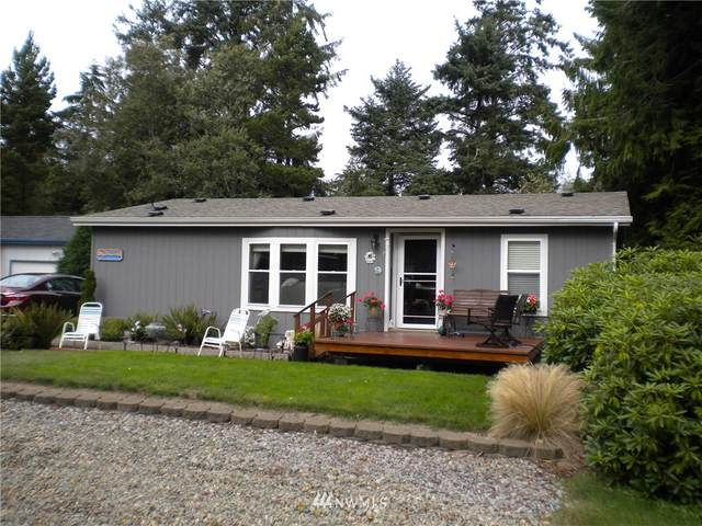 1407 324th Place, Ocean Park, WA 98640 (#1675996) :: The Robinett Group